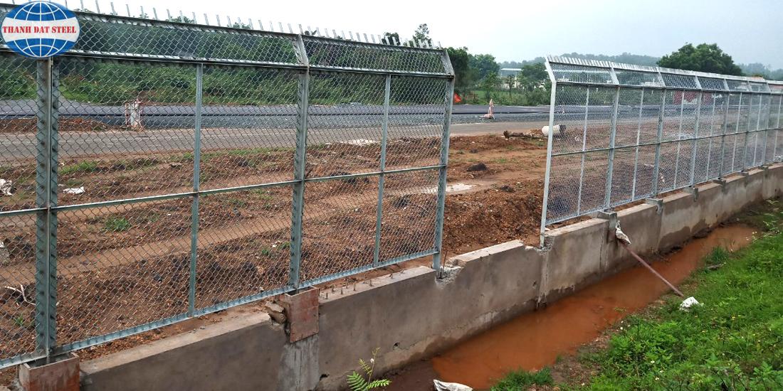 Lưới B40 mạ kẽm được sử dụng làm hàng rào